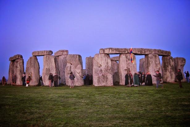 Stonehenge before sunrise