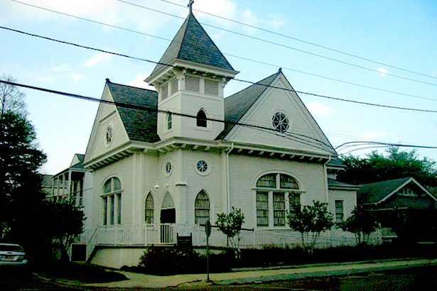 Trinity Evangelical Lutheran Church - Built in 1911, Trinity's congregation was organized in 1875 by German families in Algiers and the first church was soon built on the lot just to the left of the present structure. The Gothic/Colonial Revival style church was built with lovely period art glass windows.
