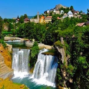 Bosnia - Jajce Waterall