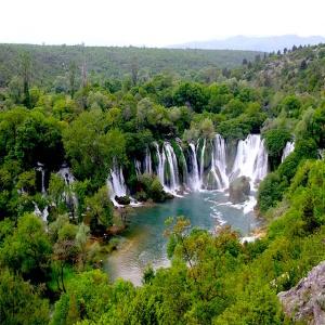 Bosnia Kravice Waterfall