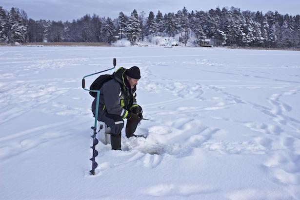 Finland.HelsinkiSecret.IceFishing