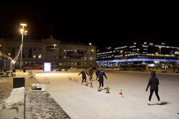 Finland.HelsinkiSecret.IceSkating