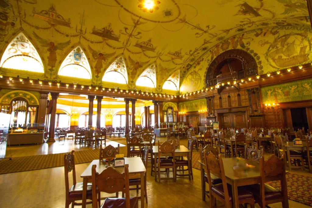 Photo: Teri Didjurgis • BlueSkyTraveler || Ponce de Leon Hotel • Flagler College Dining Room