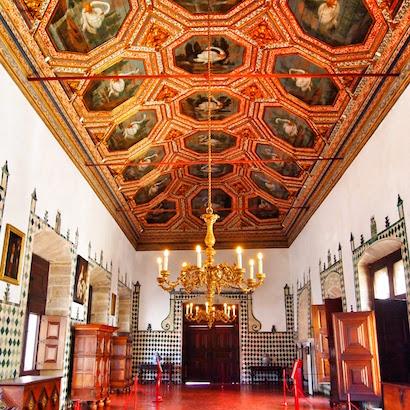 Sintra Palace - Swan Room