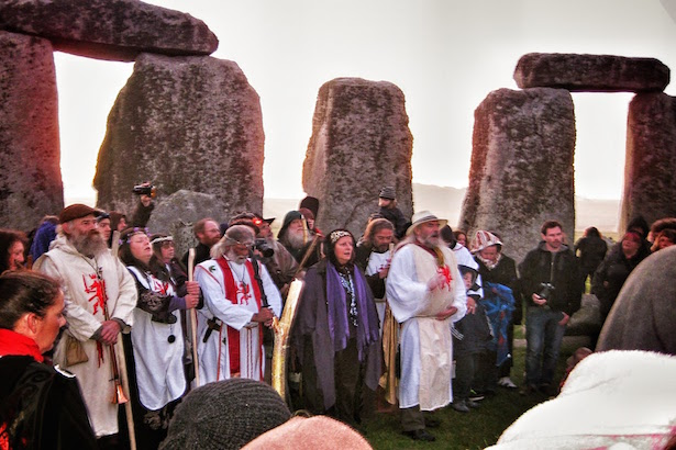 Sunrise ceremony for the Autumnal Equinox with the Druids at Stonehenge
