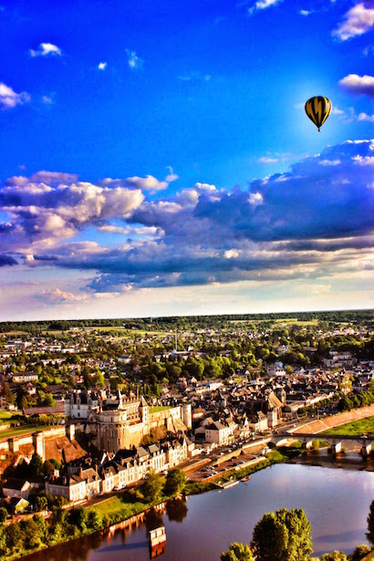 Hot Air Ballooning over Tours & Chateau Amboise