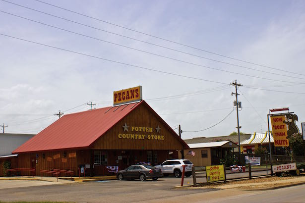Potter Country Store - Schulenburg Texas