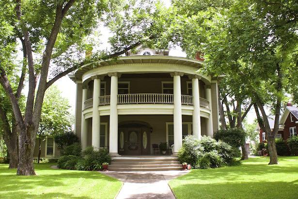 Hope Floats In Smithville Texas 183 Blueskytraveler Com